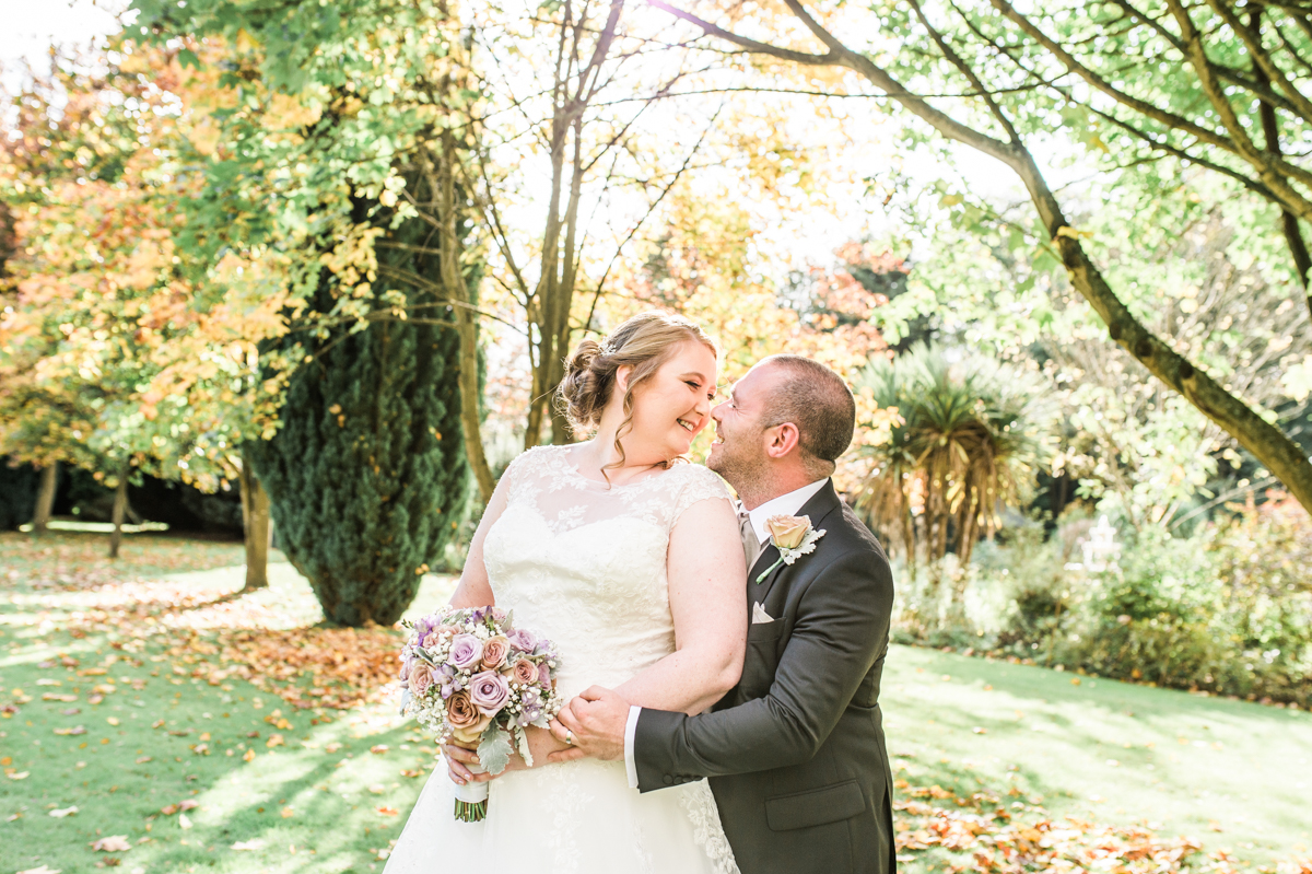 laura jane photography, essex wedding photographer, kent wedding photographer, suffolk wedding photographer, uk wedding photographer, natural wedding photographer, fun wedding photographer, relaxed wedding photographer, romantic wedding photographer, light and airy photographer, hutton hall, hutton hall weddings, weddings at hutton hall, autumn weddings, autumn wedding